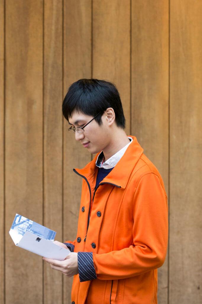 在許多「文青」眼中,Ting Chan可能是一個非典型作者。