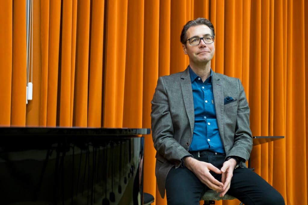 萊比錫歌劇院合唱團的合唱指導Thomas Eitler-de Lint