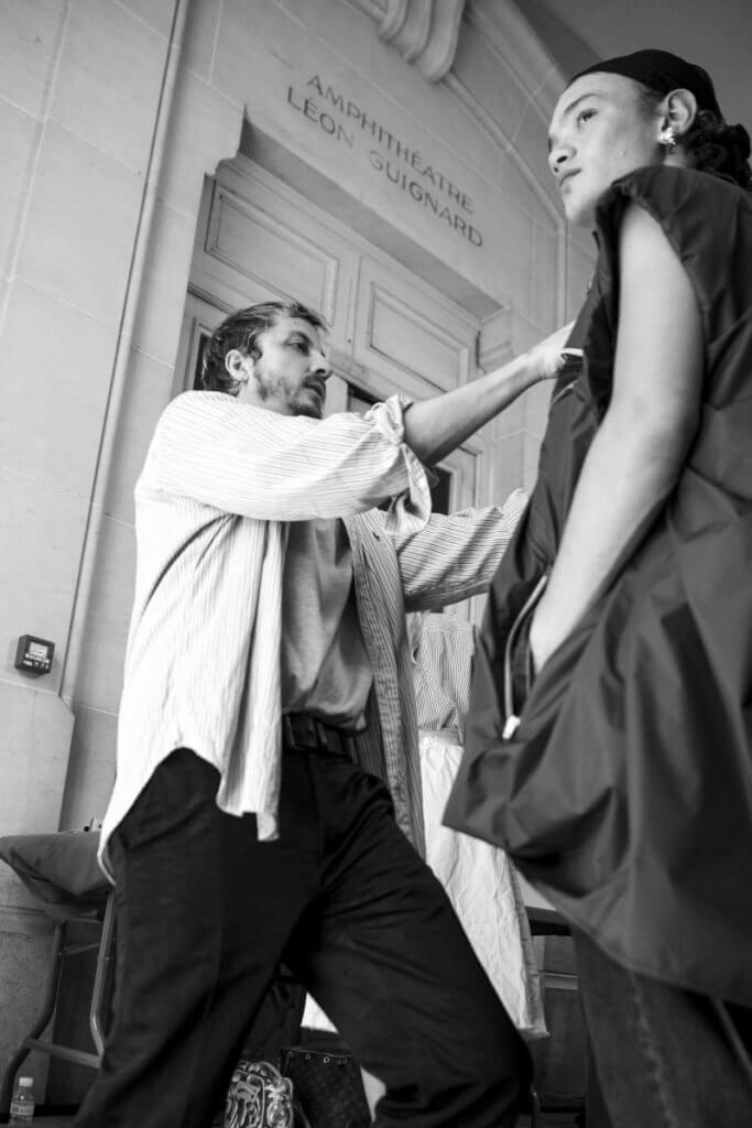 Glenn Martens從Jean Paul Gaultier身上學懂工作需要的是一份熱忱。
