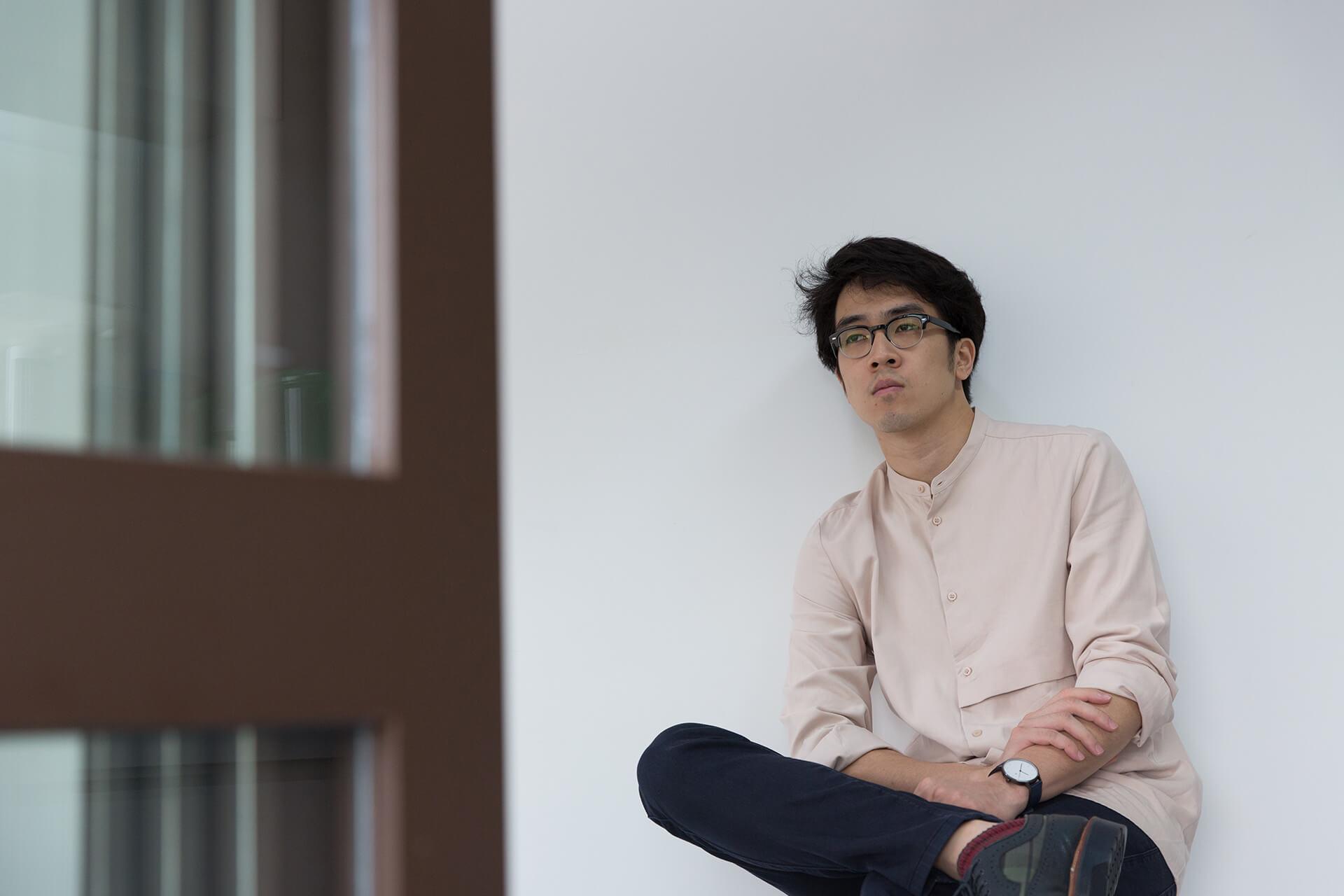 Charlie Lim 是新加坡唱作人,2012年曾來港參與Clockenflap的演出。