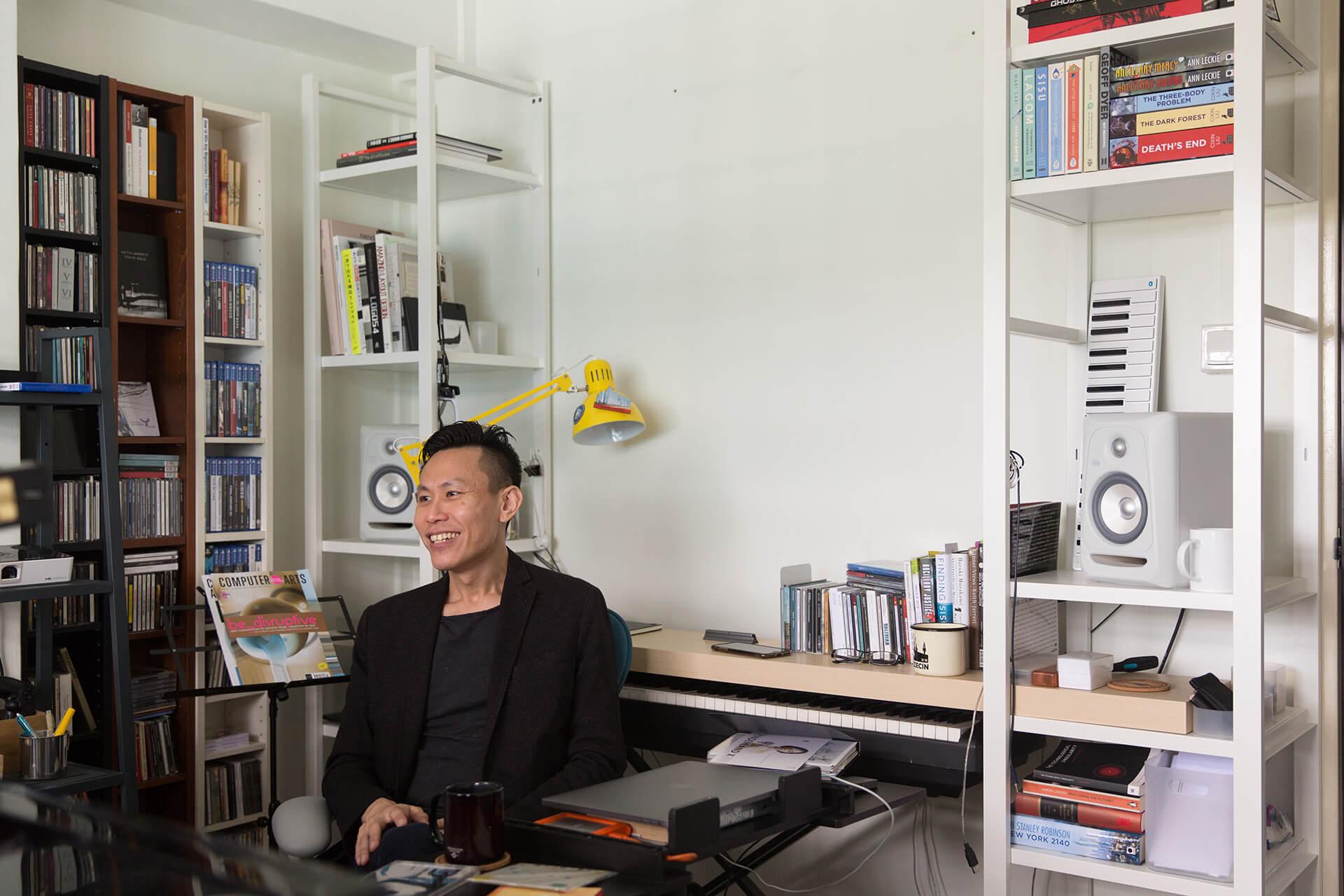 杜致慶是新加坡著名當代作曲家,也是途樂團的創辦人。
