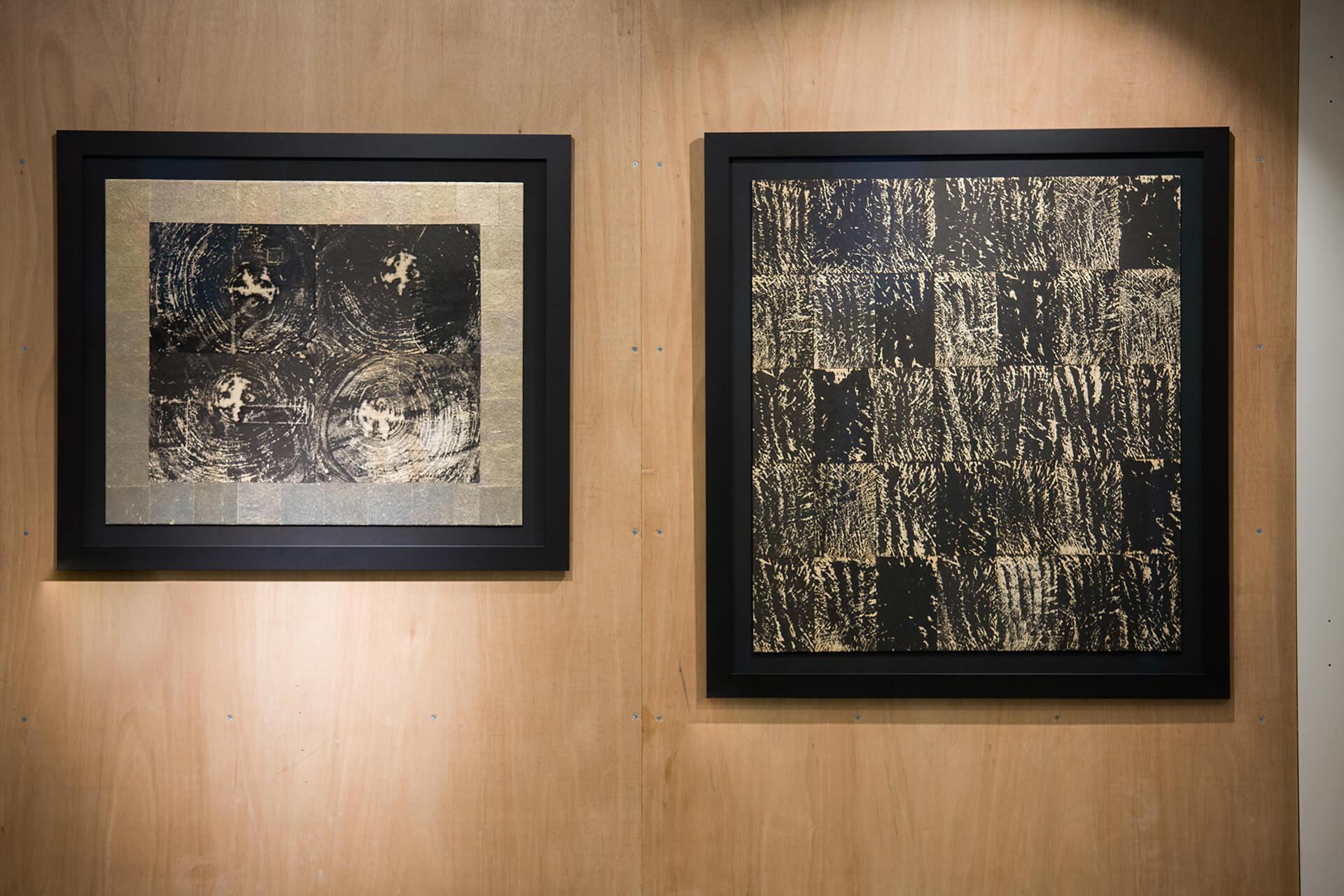 2019年的作品走大自然風,左邊是樹木的年輪,右邊卻在模仿森林。