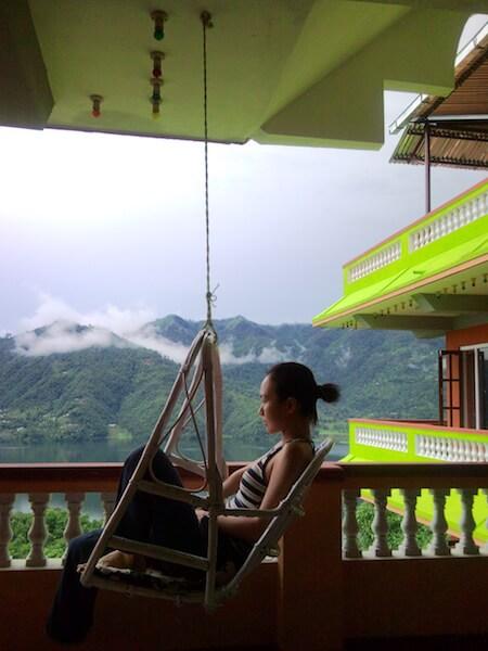 Carmen曾在尼泊爾人的家住下來,學習瑜伽、斷食、冥想。