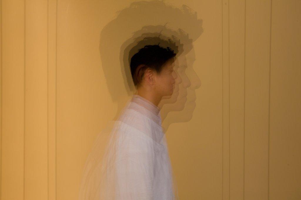 別人對精神病患者的不解帶來的影響,有時比病情本身更強烈,令患者更痛苦。