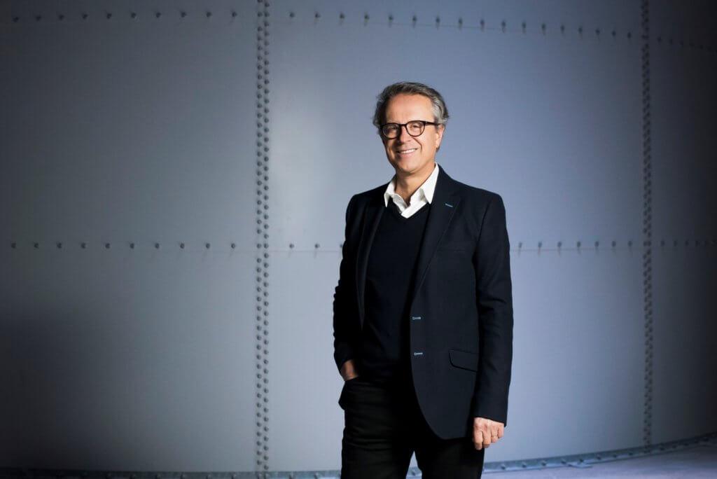 Bruno Monnier認為梵高在十年間作畫過千張,數量之大適合製作成數碼化全景影片,吸引年輕觀眾。(© Culturespaces / Sofiacome)