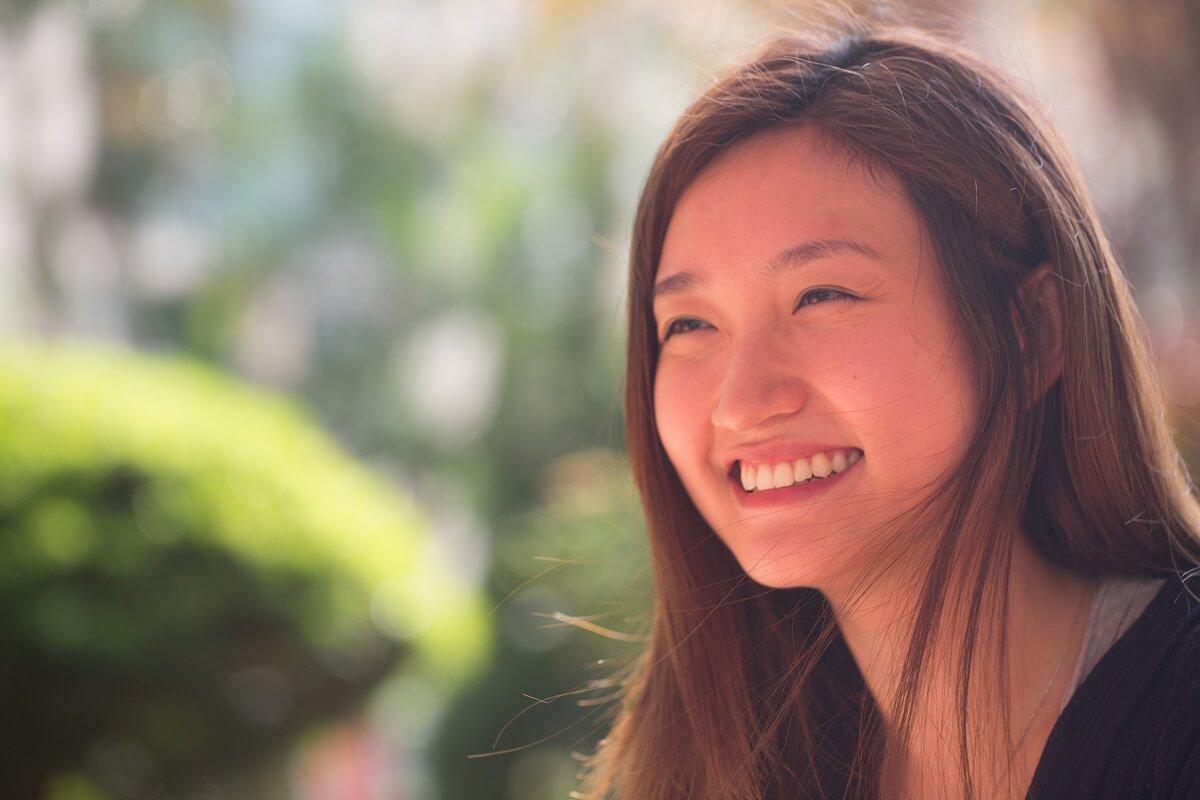 陳小娟的笑容很燦爛。