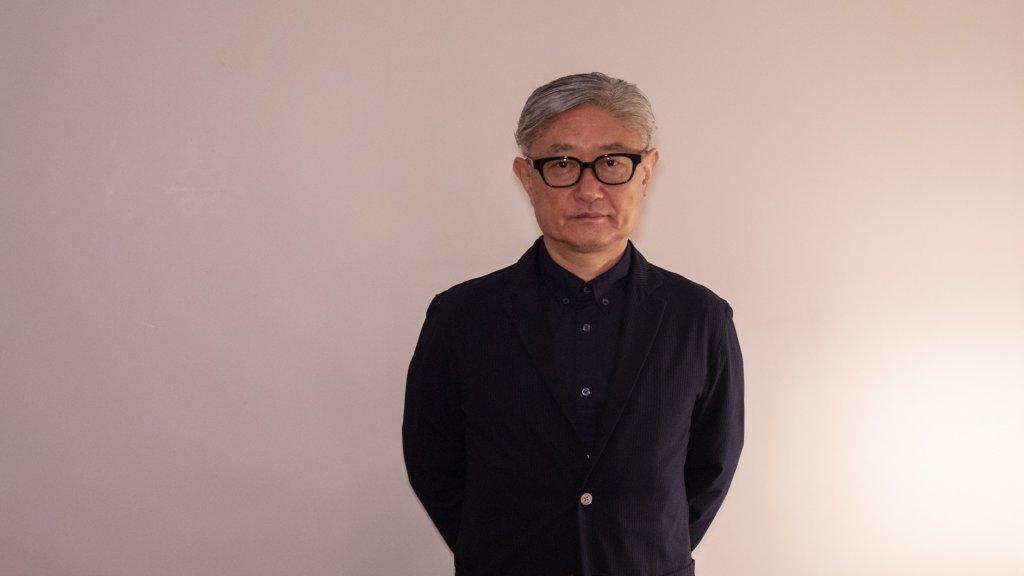 堤幸彥早年以拍攝《金田一少年之事件簿》電視劇成名,電視作品還有《在世界中心呼喚愛》等,亦有電影作品如《二十世紀少年》、《BECK》等漫畫改編。