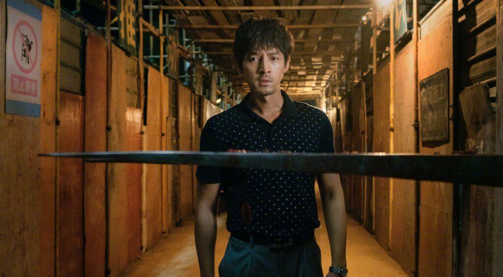由胡歌、桂綸美、廖凡主演的警匪片《南方車站的聚會》,戲中世界充滿罪惡和背叛,使人不寒而慄。