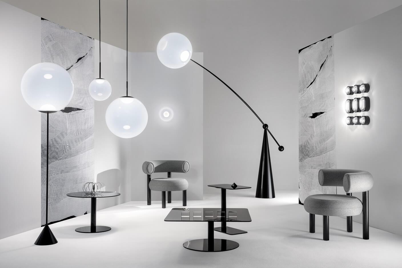 Tom Dixon 新品主打黑白單色,於其米蘭餐廳The Manzoni發布,分別有軟墊座椅系列FAT,燈飾Opal及Spring。
