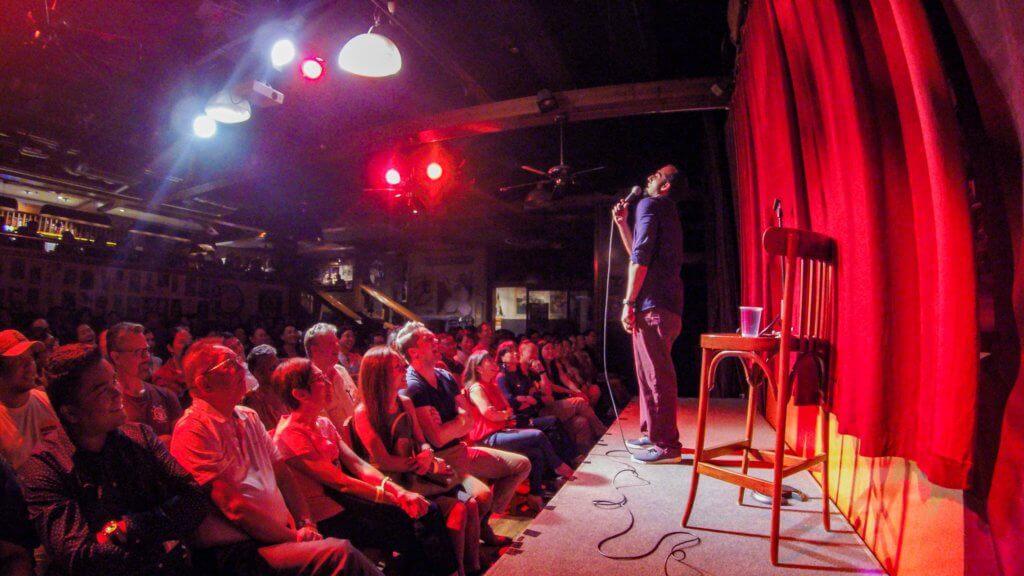 阿V自小己經常到Grappa's Cellar睇show或表演,他認為那兒能凝聚到志同道合的社群。