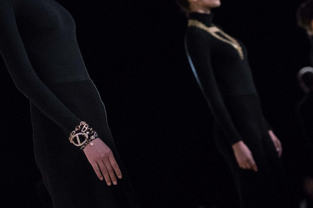 以鏈條為靈感的Hermès「Enchaînements libres」高級珠寶系列