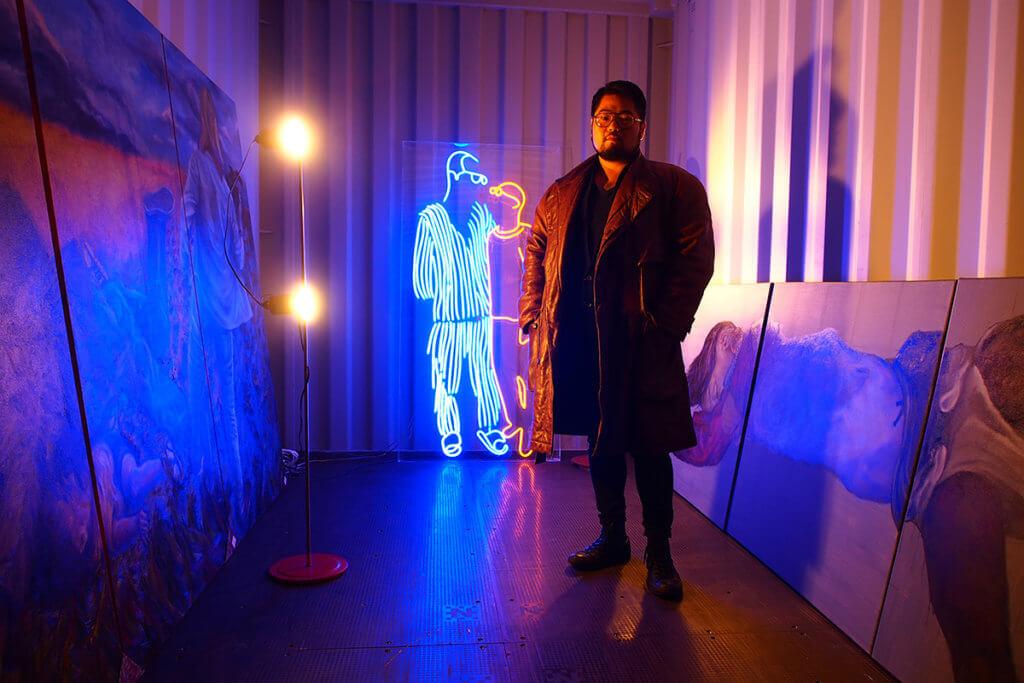 巴丟草去年11月取消原定在香港舉行的首個展覽,劉曉波夫婦的霓虹燈創作最終無法在香港展示。