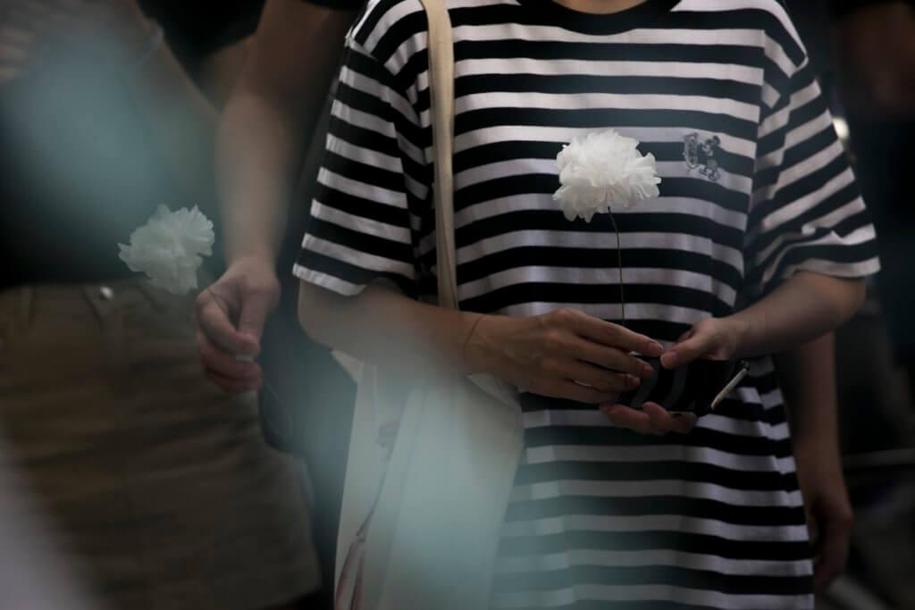 這十多天,香港人的情緒都十分起伏。