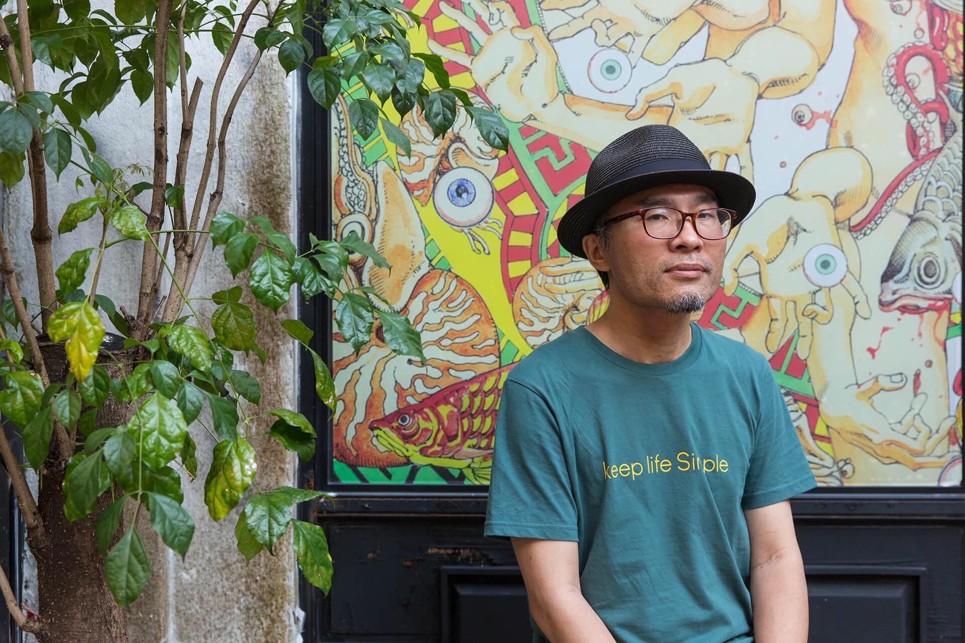 駕籠真太郎(Shintaro Kago)是日本有名的漫畫家,最愛畫荒誕血腥的故事。