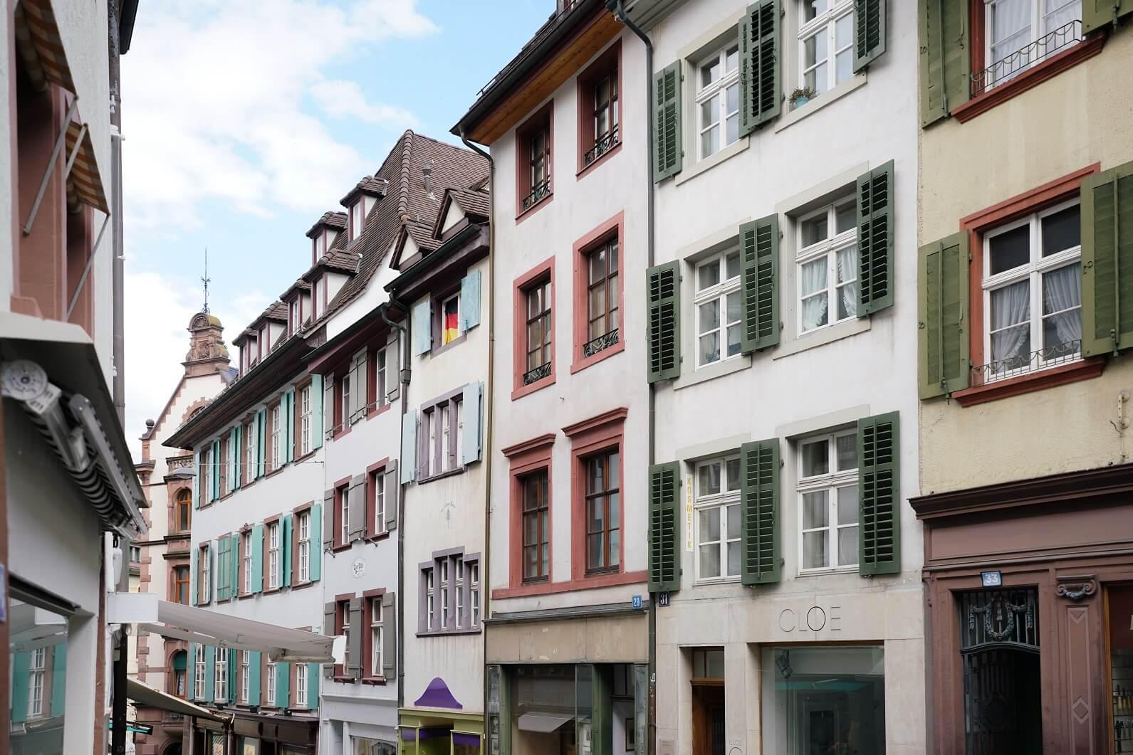 Angelika居住的是老城區。