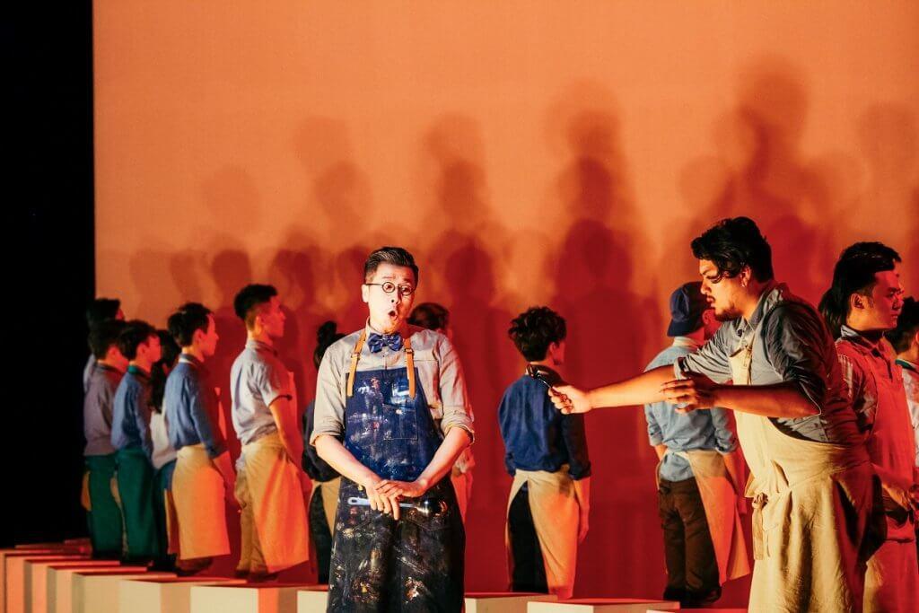 台灣演員及戲劇教育者時一修在《梁祝的繼承者們》飾演老師一角(何東盛攝)