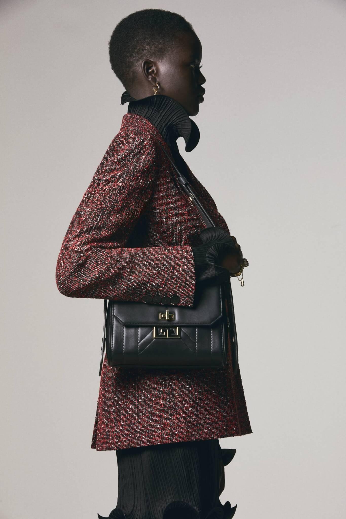 Givenchy最新推出的Eden手袋系列首度亮相