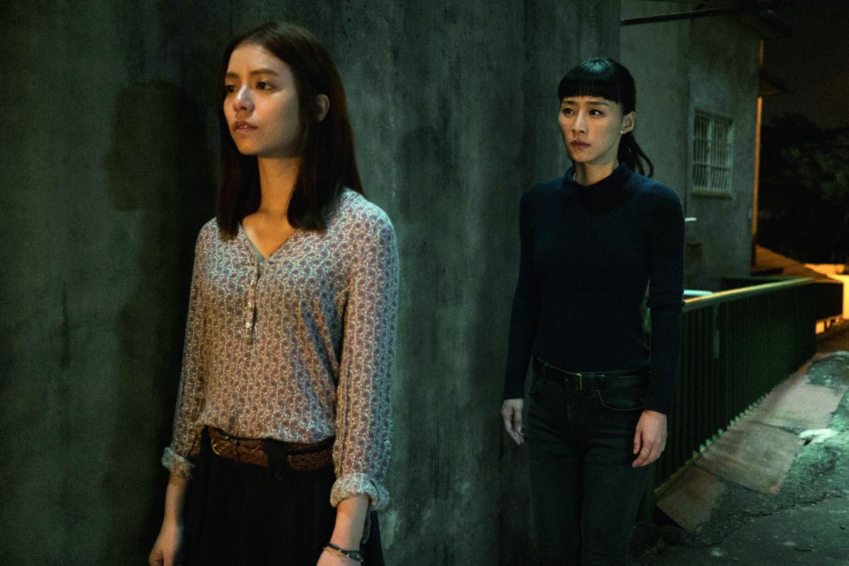 Nina與Kiki的秘密戀情,有畫蛇添足感。