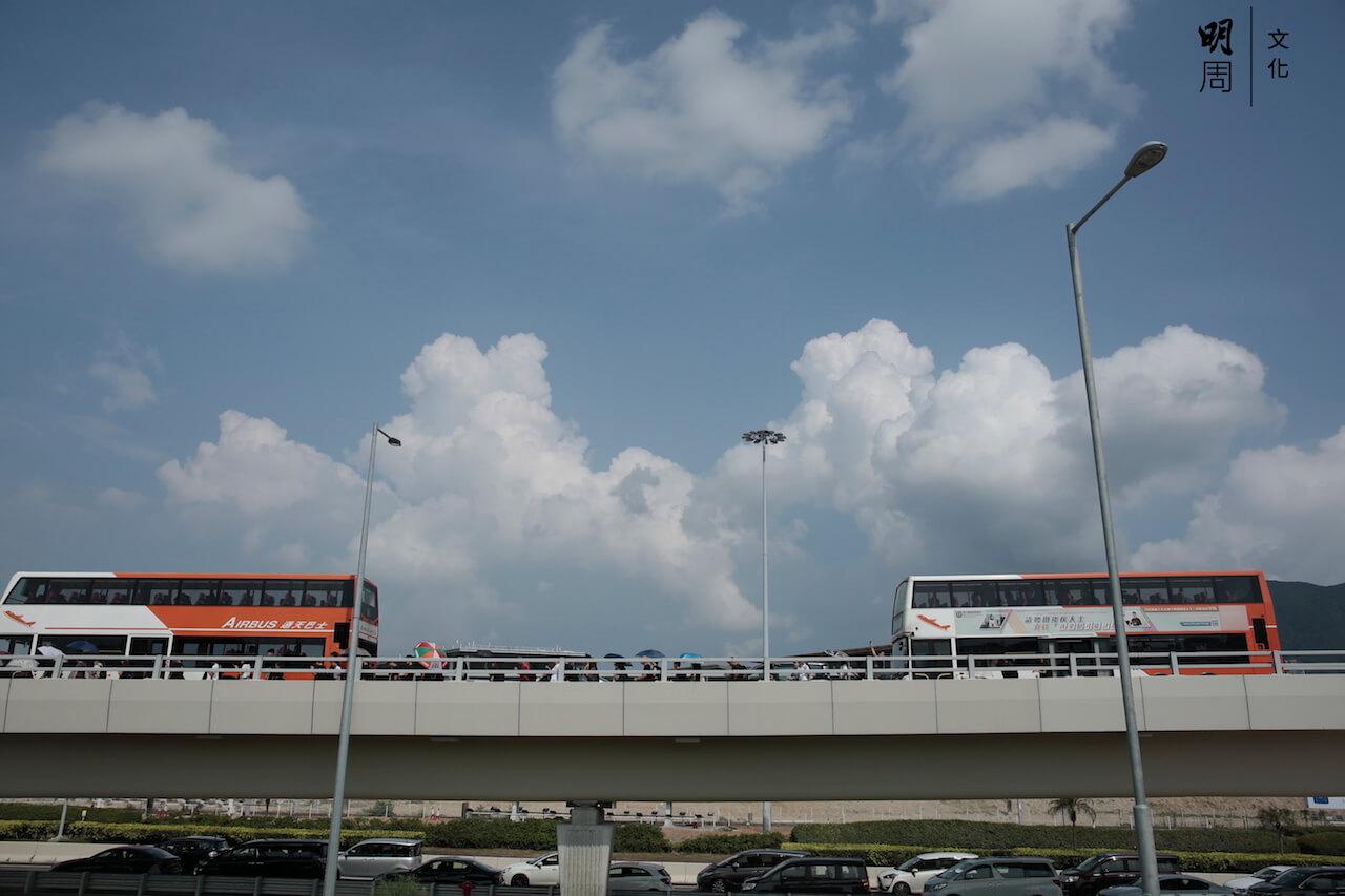 812_airport_02-1