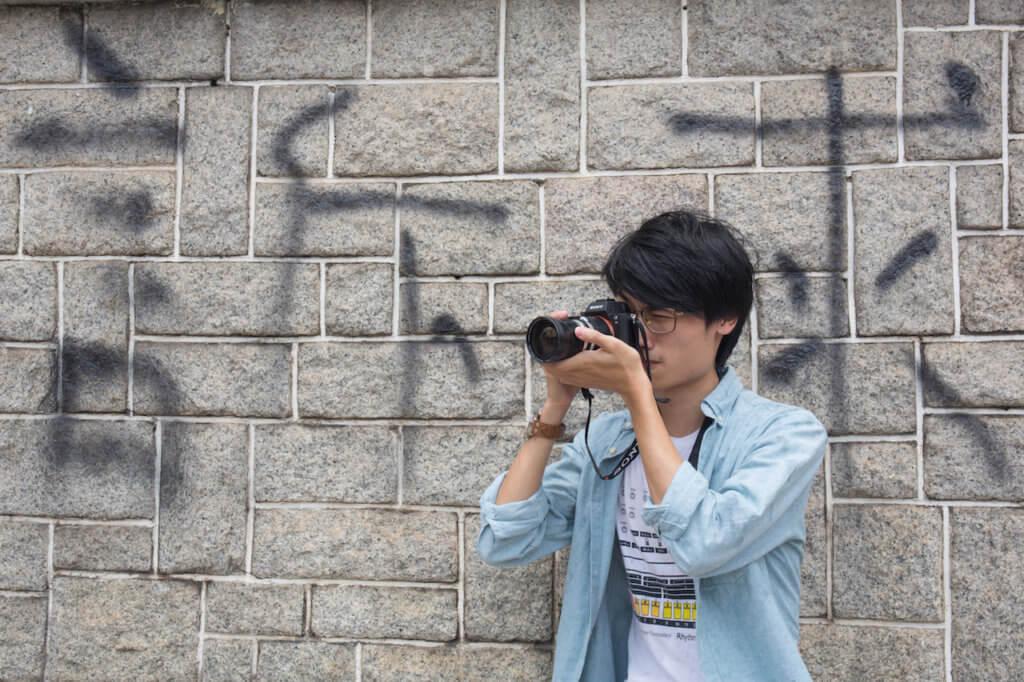 香港現行的教育制度壓迫創意和自由,還學生愉快學習的生活,是年輕人內心的訴求。