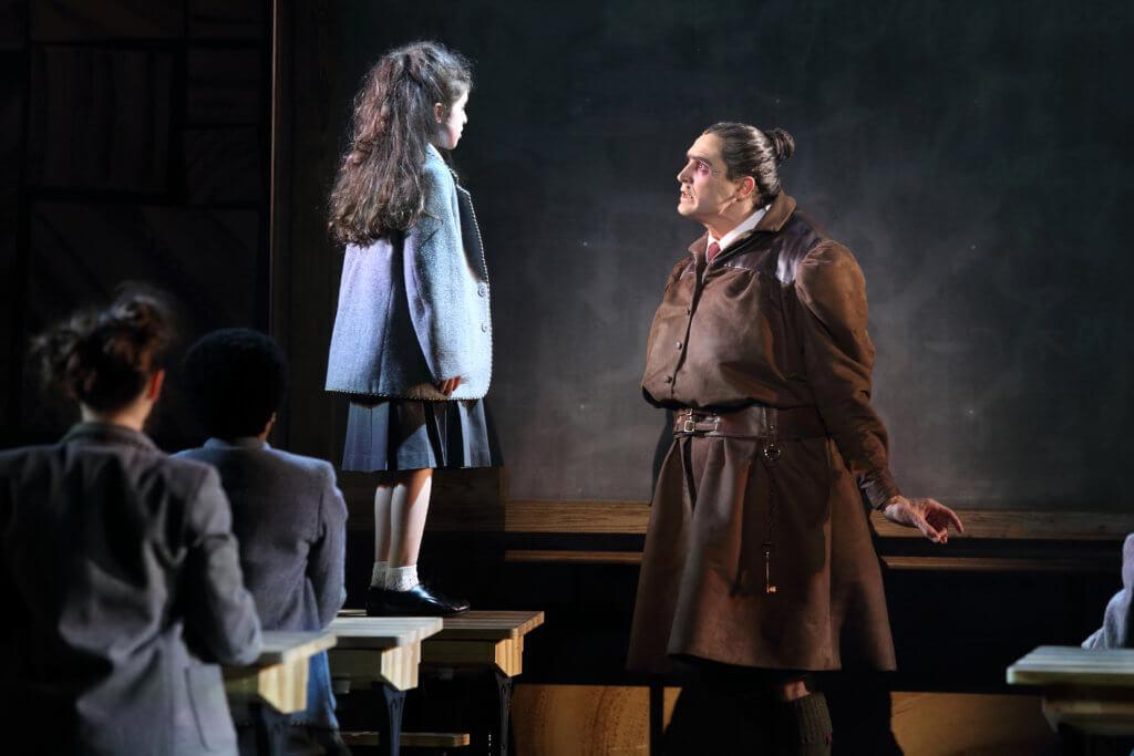 《Matilda》音樂劇 反抗強權的勇氣