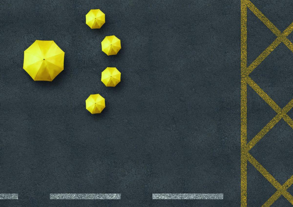 雨傘時期的設計多以黃色和雨傘為主調,圖為設計師劉仁顯五年前的作品。