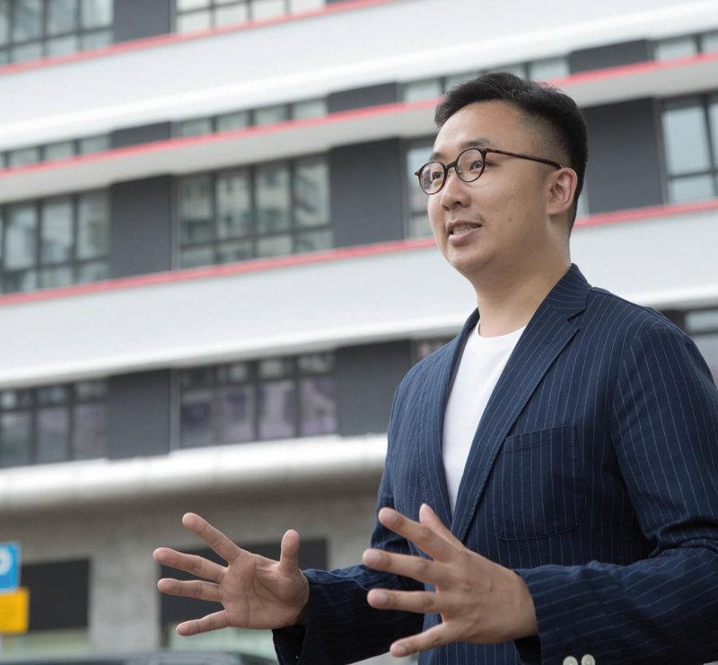 建築學者黎雋維(Charles)認為,研究戰後建築對於了解香港近幾十年的發展極為重要。