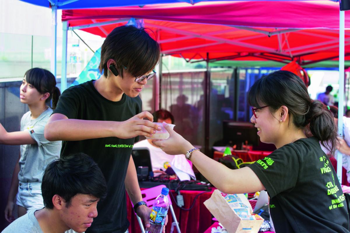 張秀賢和黃菀靖,在學運中互相支持。