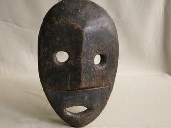 古時傳統的非洲面具