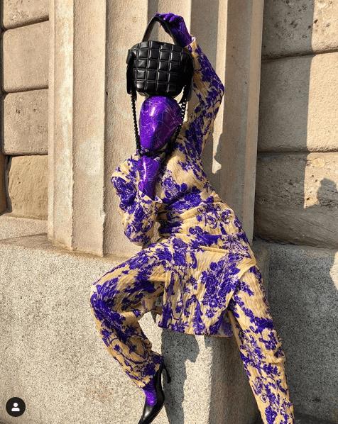 在Fendi 2020春夏秀上,坐在第一排吸引全場目光的蒙面時裝博客 – Checking Invocies