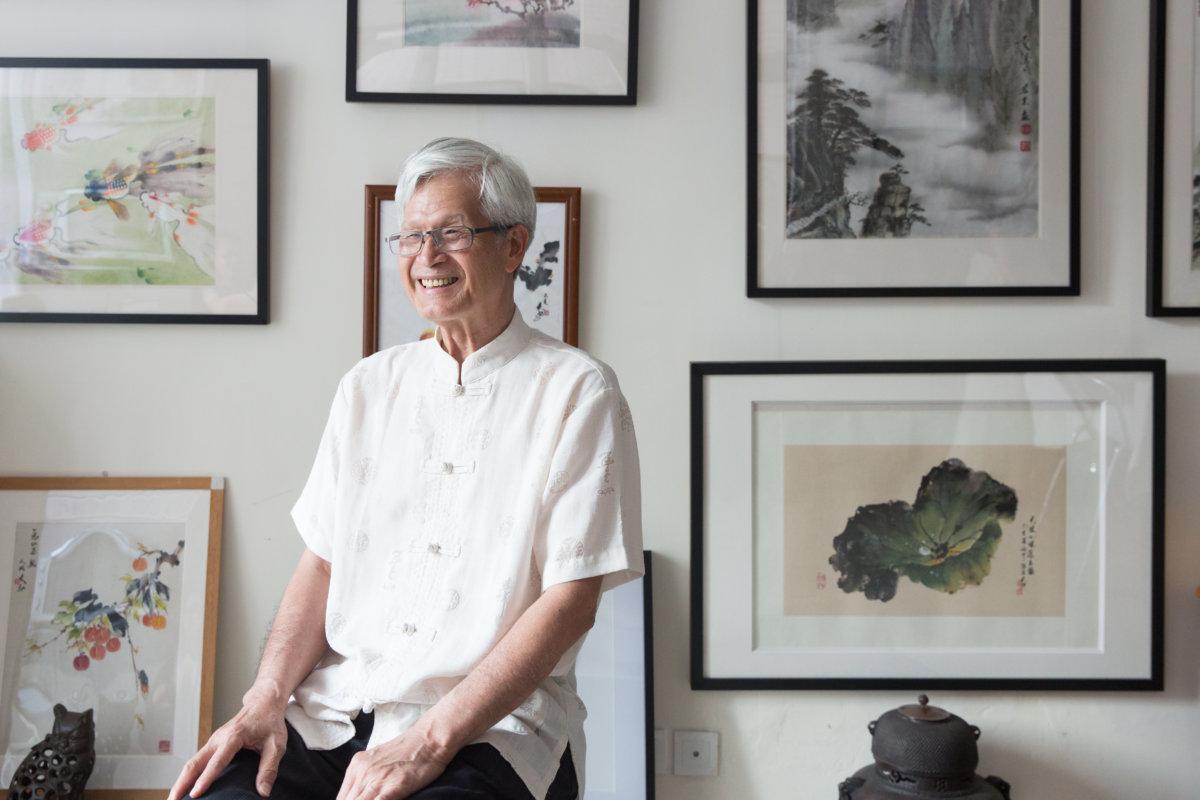 盧清遠師承趙少昂,為嶺南派第三代著名畫家,近年移居加拿大。