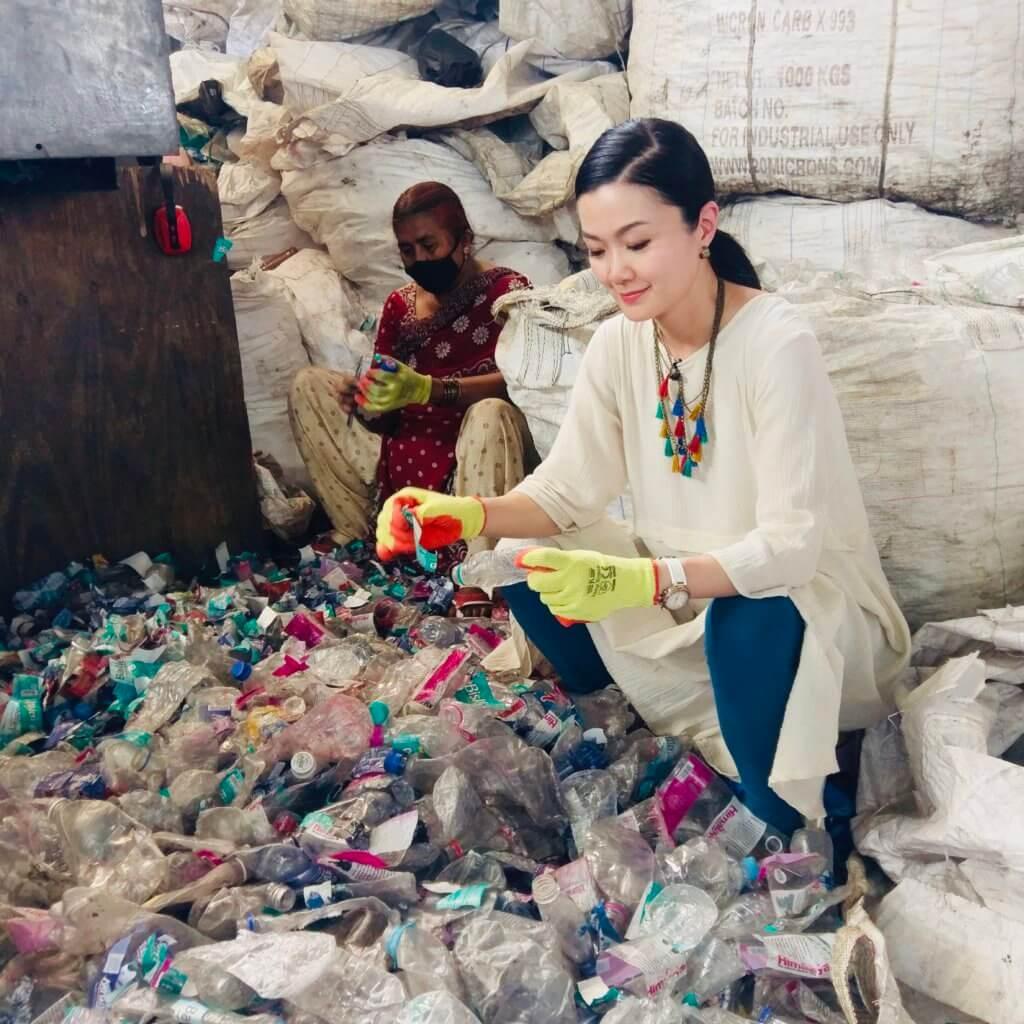 今年四月,她跟隨The Body Shop到印度體驗膠樽回收計劃。