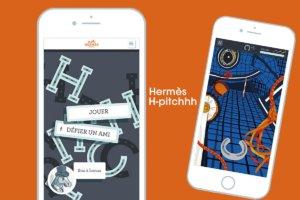 去年Hermès推出名為「H-pitchhh」的遊戲程式,在簡單的馬蹄鐵拋擲遊戲中加入不少品牌的絲巾圖案設計。