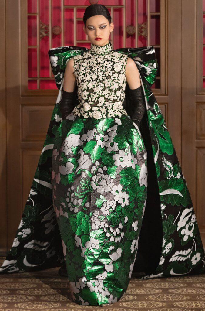 Pierpaolo Piccioli雖然放眼內地市場,但沒有刻意打造具有中國傳統特色的設計。這