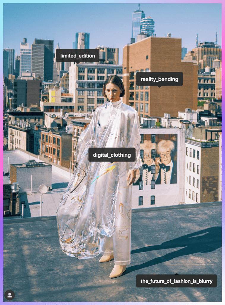 """名為""""Iridescence""""的首件虛擬服裝"""