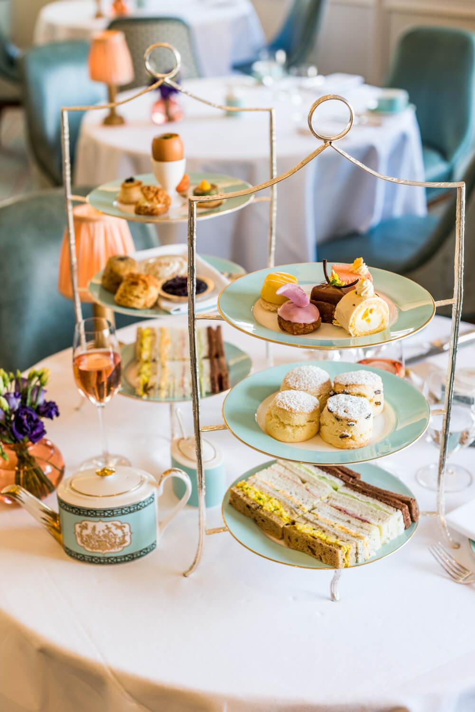 所有下午茶,不管是甜點、三文治或茶,都可以免費無限續加!