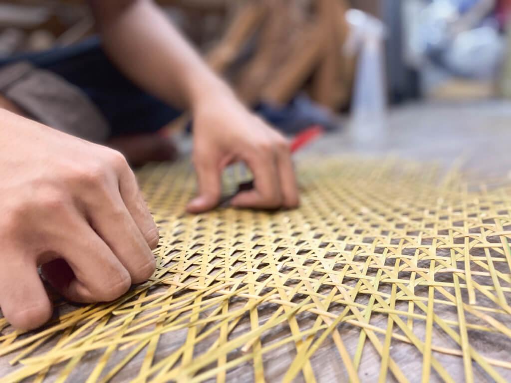 藤篩中間的編法叫日本牡丹