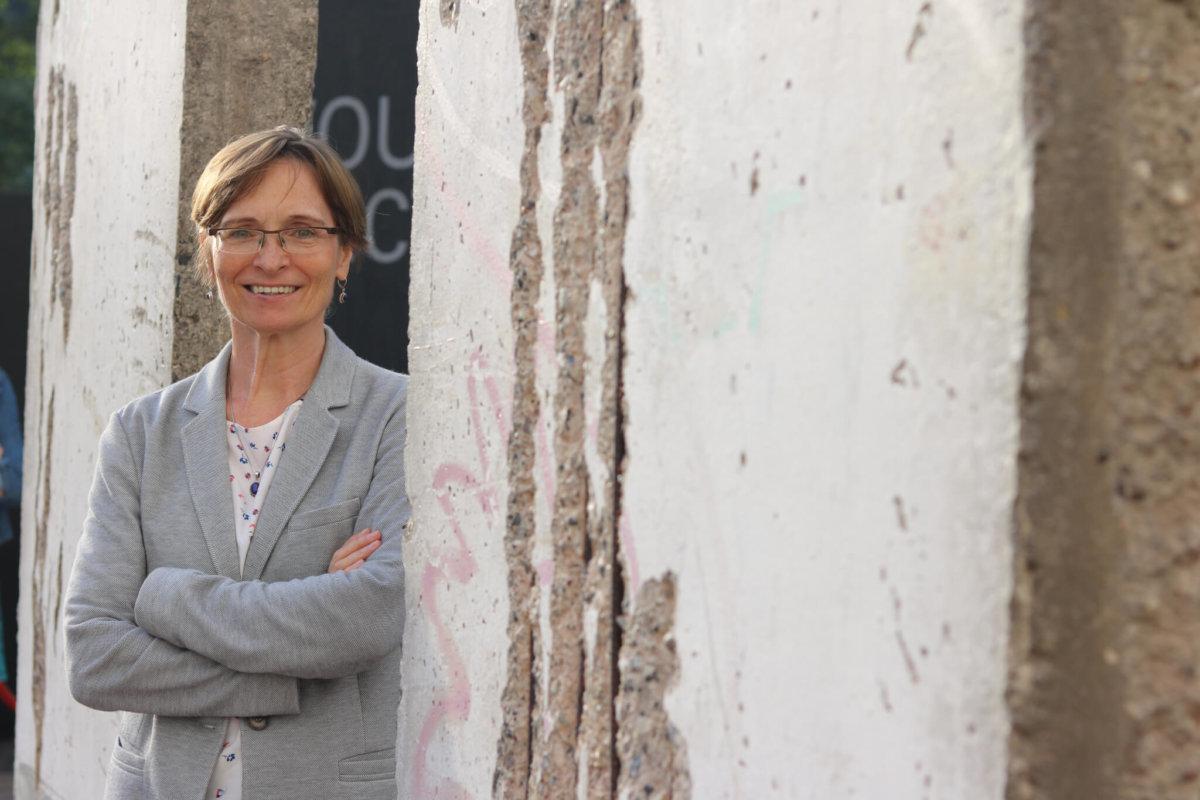 傳譯工作讓Cornelia Günther在東德的封閉中依然有拓寬國際視野的機會。