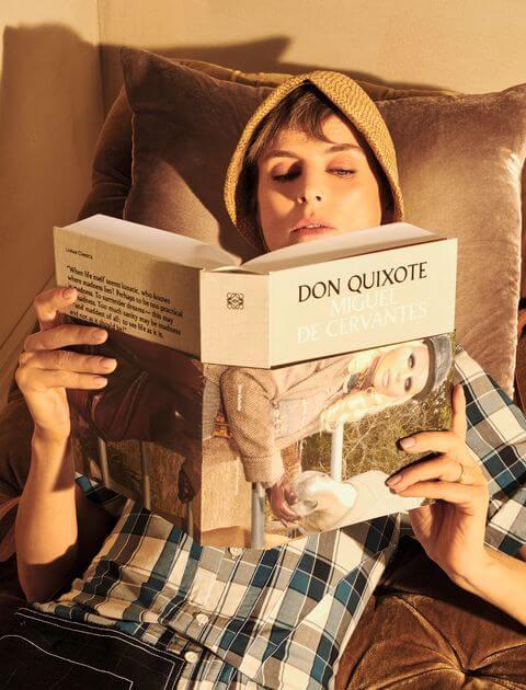 去年Loewe推出的六本限量版文學經典著作,由Anderson本人親自挑選。