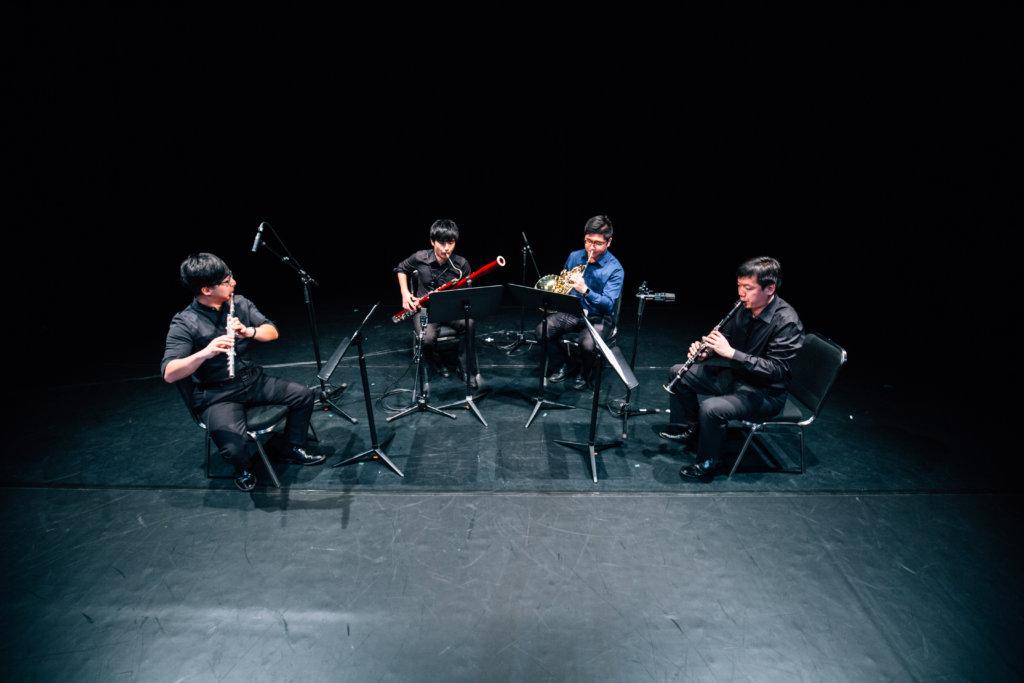 香港賽馬會音樂及舞蹈基金得獎者協會於2018年舉辦匯演《疾風勁草》,雲集超過二十位獎學金得主、客席音樂家及舞蹈家攜手演出。