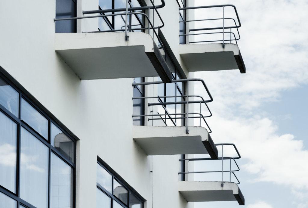 德紹校園的學生宿舍,現時變成酒店,保留原有室內設計,讓訪客一嘗做一晚包浩斯人(Bauhausler)。