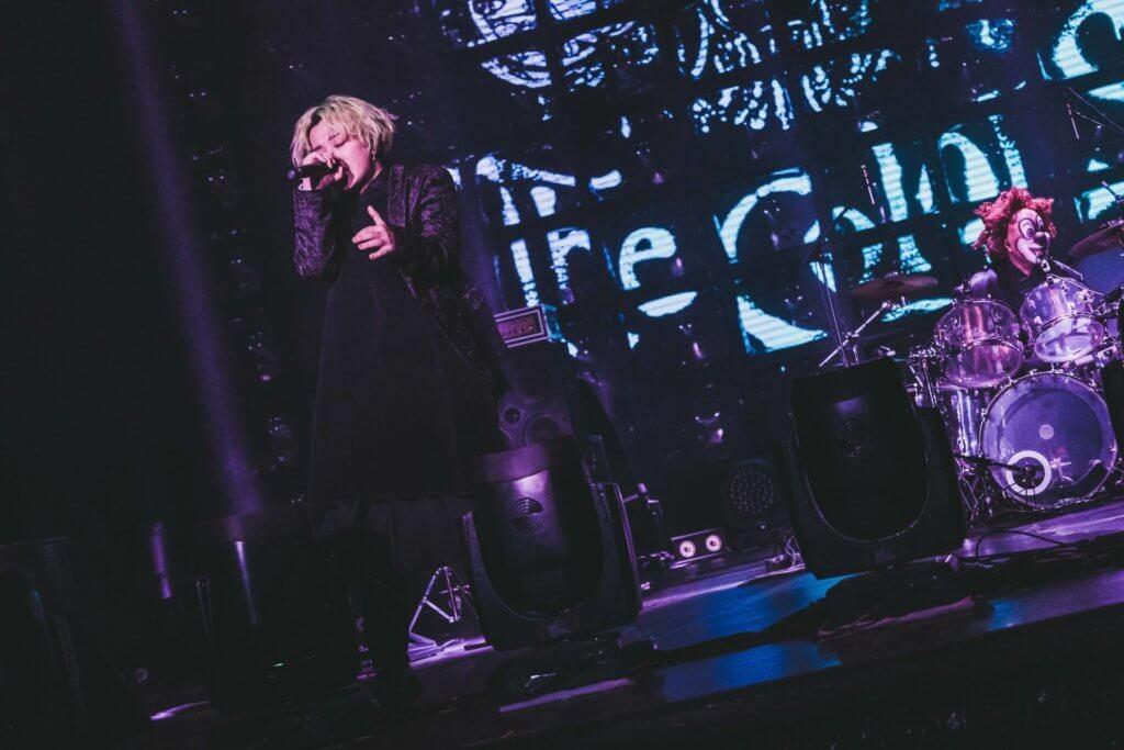 2.今年大型巡迴演唱會以「The Colors」為題,先後到訪台北、首爾、香港與上海等多地演出。