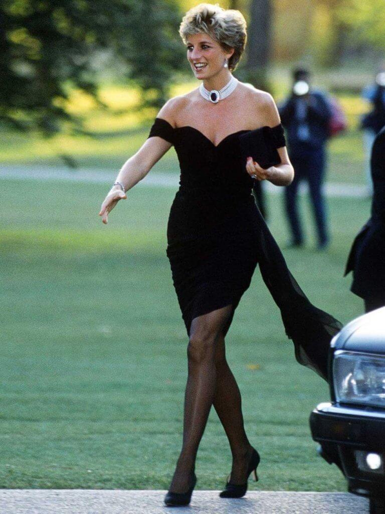 提及Diana Black,必然要了解「復仇小黑裙」
