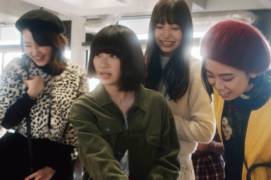 《屍殺片場》導演上田慎一郎夥拍淺沼直也、中泉裕矢三人同時執導《伊索遊戲》,三位少女代表三隻小動物,企圖成為伊索寓言式的童話變奏。