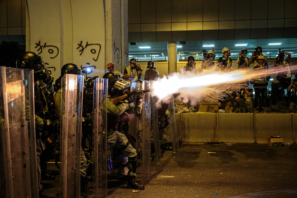 2668_tear-gas_k190728-290-copy