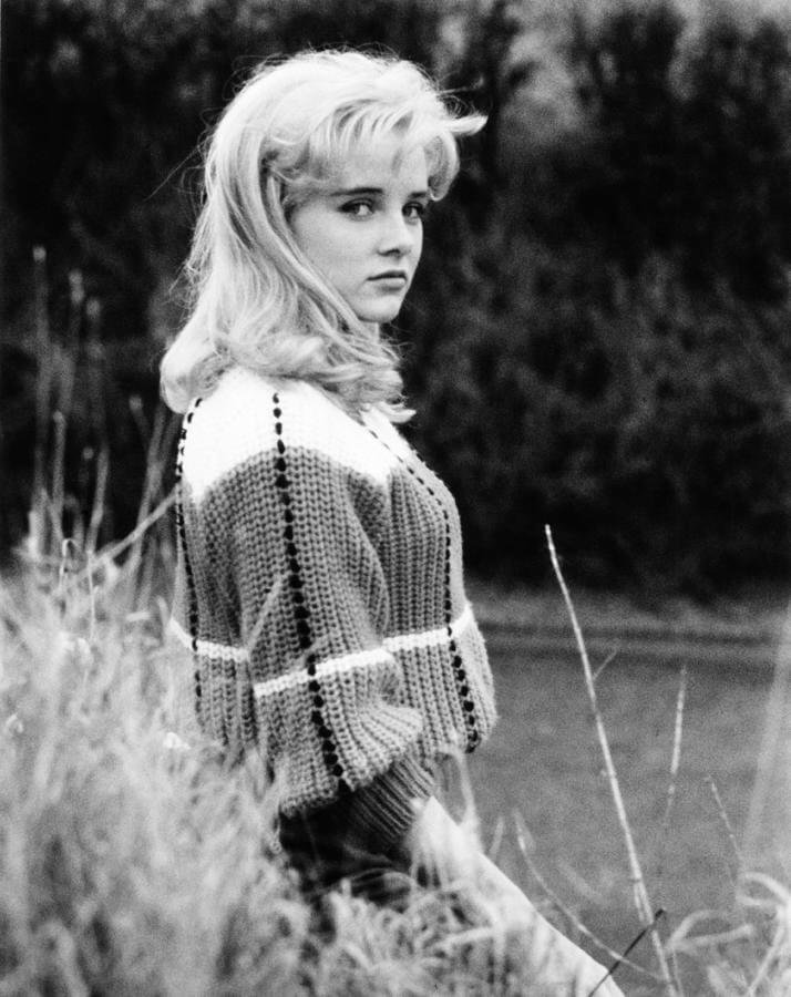1-lolita-sue-lyon-1962-everett