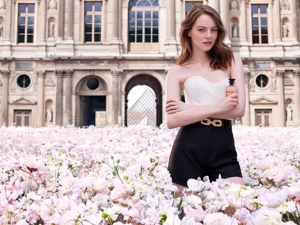 Emma Stone一直與 Louis Vuitton 維持友好關係
