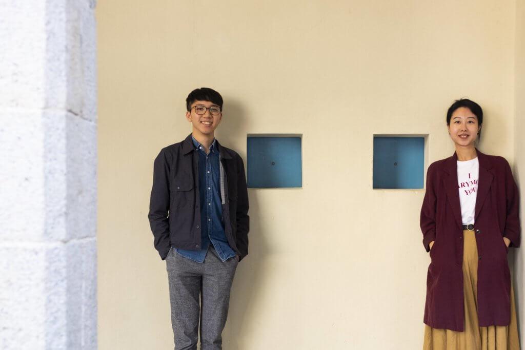 鄭寶欣(右)和郭衍廷(左)是大館文物事務部職員,職務包括協助整理大館歷史,策劃專題展覽,以及帶導賞團等。
