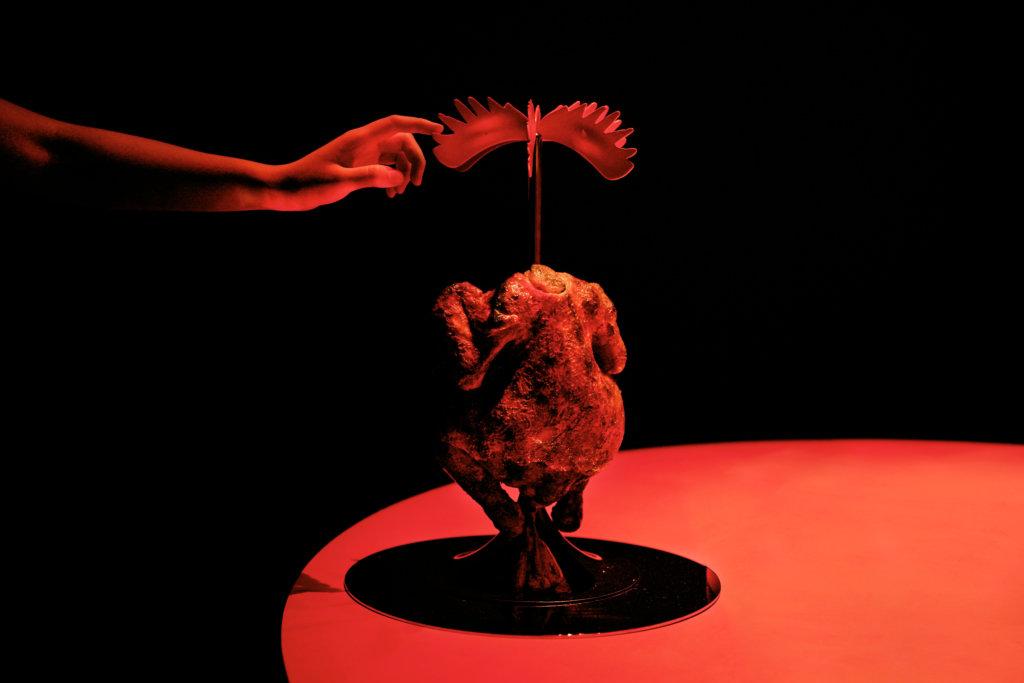 新滿漢全席其中一道菜想像未來公雞