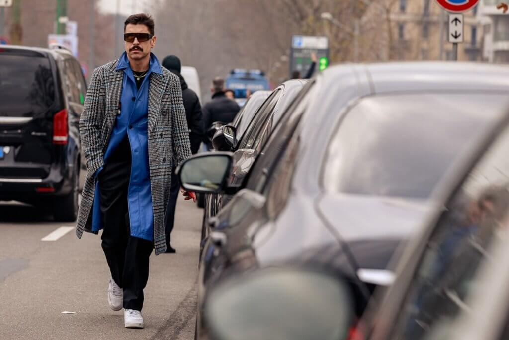 https___hypebeast-com_image_2020_01_milan-fashion-week-fall-winter-2020-street-style-snaps-9
